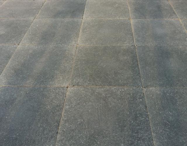 Vietnamees hardsteen terrastegels 50x50x2,5cm