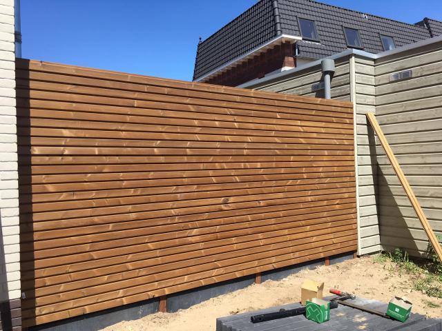 Gardenwall Thermohout grenen dubbelwandig incl. plaatsen