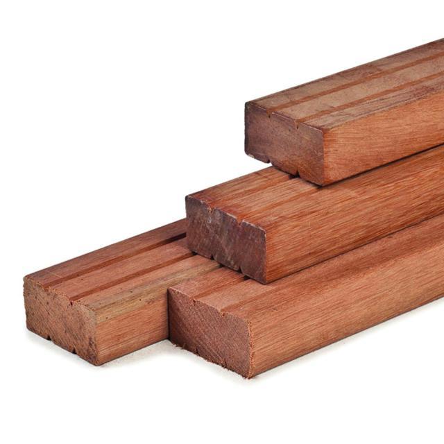 Hardhouten ligger 4.4x14.5x305cm